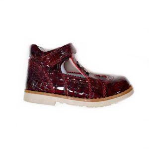 Обувь для девочек кожаная