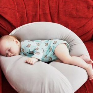 Pakaviņš mazuļiem un grūtniecēm